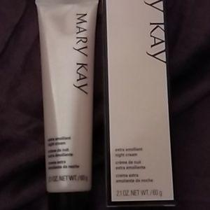 Mary Kay extra Emollient night cream- Brand New
